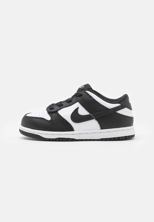 DUNK  - Trainers - white/black