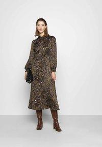 Vero Moda - VMSANDRA LILLIAN SHIRT DRESS  - Shirt dress - beech/sandra - 1