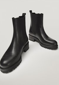 Massimo Dutti - Ankle boots - black - 2