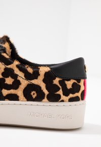MICHAEL Michael Kors - IRVING STRIPE LACE UP - Trainers - natural - 2