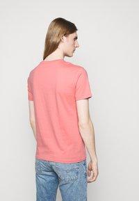 Polo Ralph Lauren - CUSTOM SLIM FIT JERSEY T-SHIRT - T-paita - desert rose - 2
