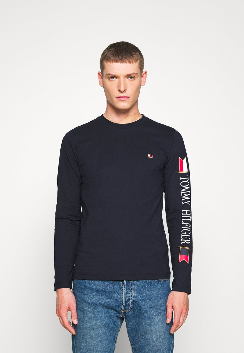 Tommy Hilfiger - MIRRORED FLAGS LONG SLEEVE  - Longsleeve - blue