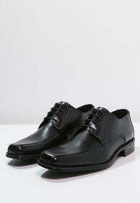 Lloyd - DAGGET - Elegantní šněrovací boty - schwarz - 2