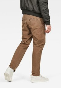 G-Star - BRONSON STRAIGHT TAPERED - Chino kalhoty - oak - 1