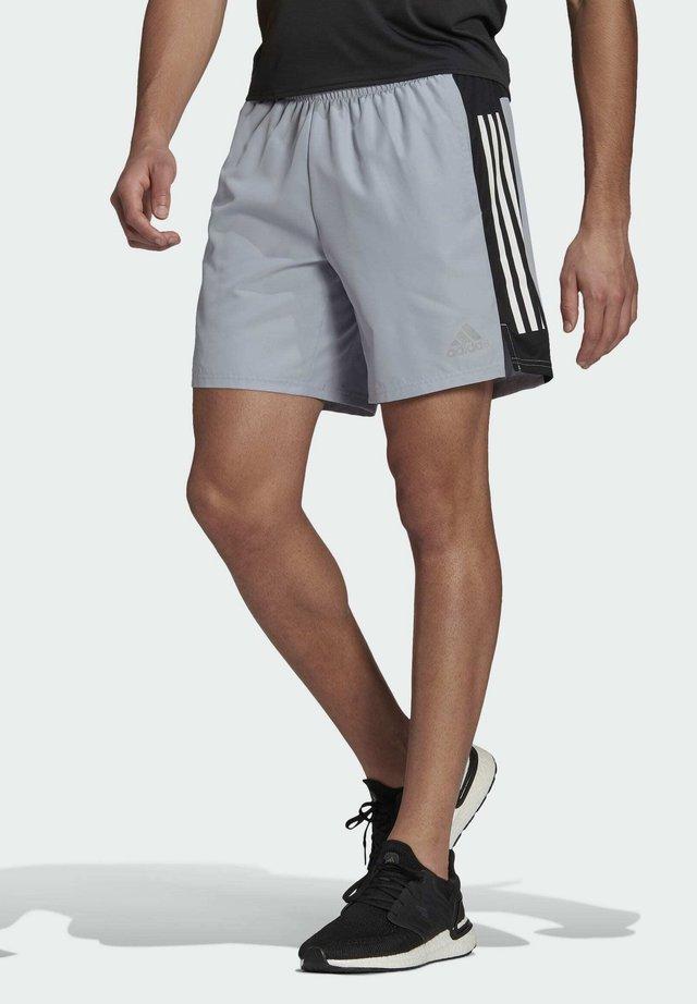 OWN THE RUN 3-STRIPES SHORTS - Short de sport - grey
