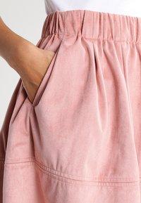 Moves - KIA - A-line skirt - adobe rose - 3