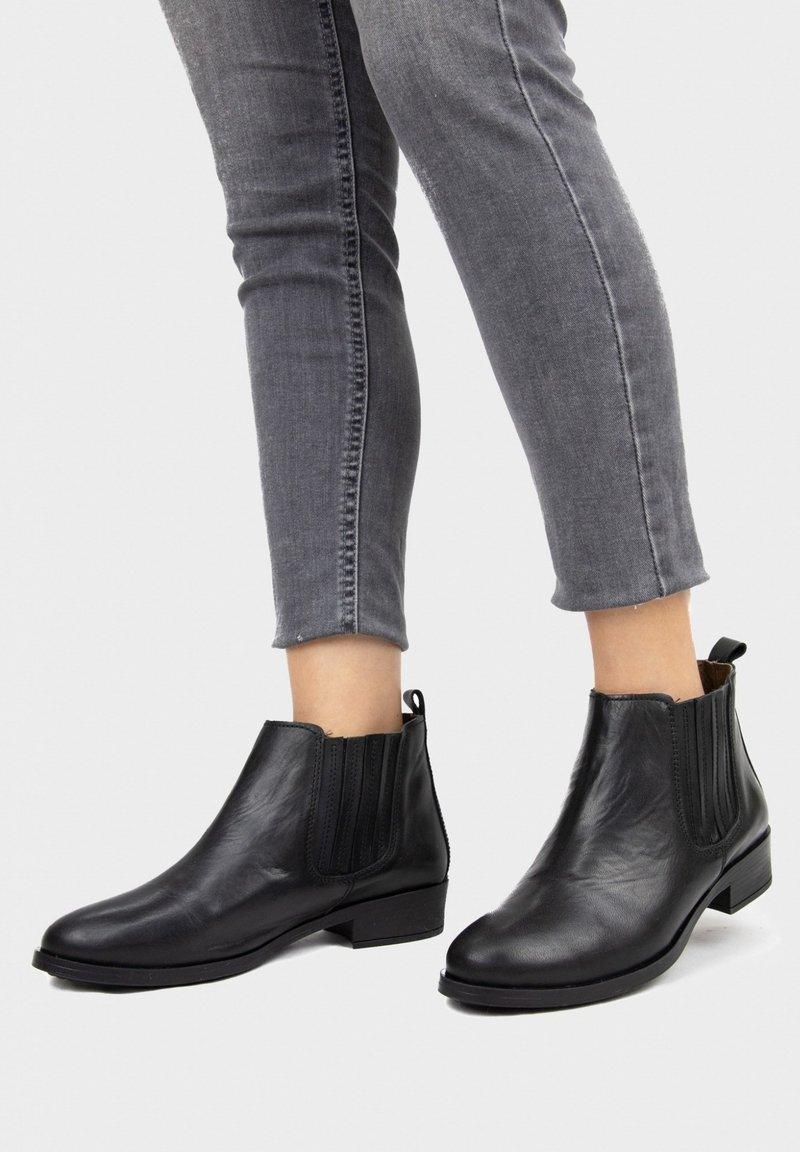 Eva Lopez - Ankle boots - cafe