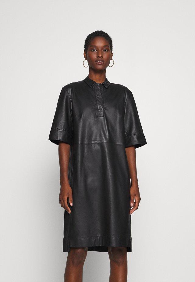 DRESS CROPPED SLEEVE LENGT - Robe chemise - black