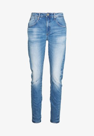 ARC 3D LOW BOYFRIEND - Jeans Tapered Fit - azure stretch denim authentic faded blue
