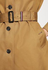 Tommy Hilfiger - SINGLE BREASTED - Trenchcoat - countryside khaki - 4
