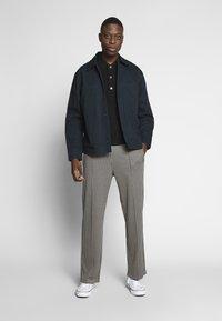 Weekday - KEN TRACKPANTS - Kalhoty - brown - 1
