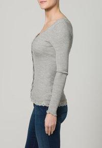 Rosemunde - CARDIGAN REGULAR VINTAGE - Cardigan - grey melange - 2
