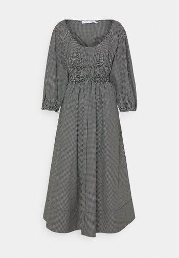 YARN DYE PLAID DRESS - Vestido informal - black/white