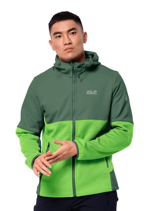 Soft shell jacket - leaf green