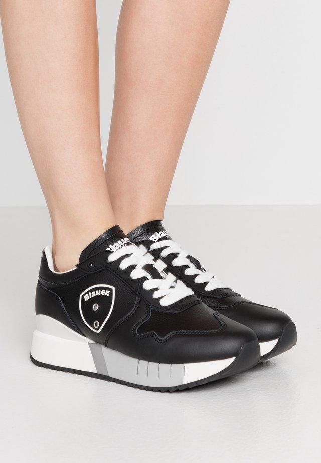MYRTLE - Sneakers basse - black