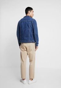 Jack & Jones - JJIALVIN JJJACKET - Denim jacket - blue denim - 2