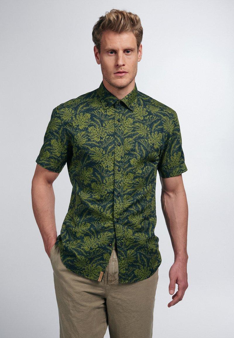 Eterna - Overhemd - grün