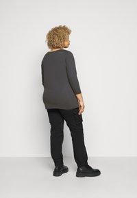 Evans - ANIMAL TEE - Long sleeved top - grey - 2