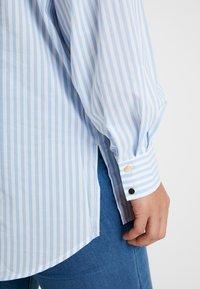 Kaffe Curve - AMINA - Button-down blouse - blue - 5