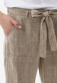 BRAX - STYLE MAINE - Trousers - sand - 3