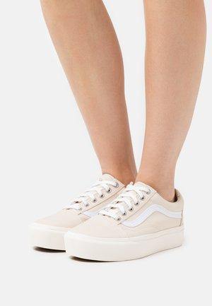 OLD SKOOL PLATFORM - Sneakers basse - sandshell/natural