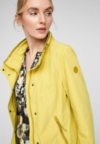 Q/S designed by - Light jacket - pistacchio - 3