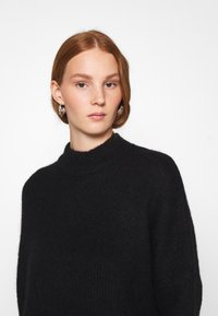 Selected Femme - SLFLULU ENICA  - Jumper - black - 3