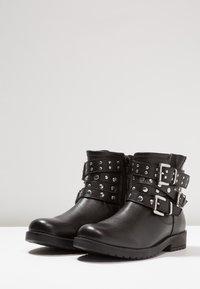 Friboo - Kovbojské/motorkářské boty - black - 3