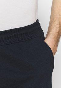 Burton Menswear London - 2 PACK - Spodnie treningowe - navy/khaki - 5