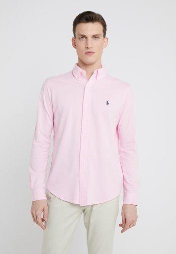 FEATHERWEIGHT MESH SHIRT - Shirt - carmel pink