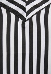 Loungeable - STRIPED CAMI SET - Pyjama - black/white - 5
