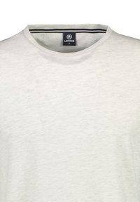 LERROS - Basic T-shirt - greyish white - 2
