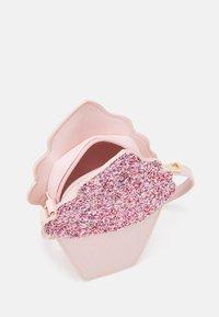 Lindex - BAG ICE CREAM - Across body bag - light dusty pink - 2