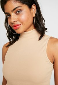 Nly by Nelly - TURTLENECK - Topper - beige - 3