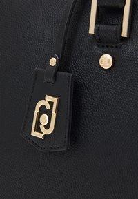 LIU JO - SATCHEL - Håndtasker - nero - 3