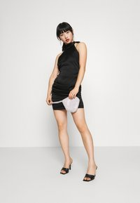 Missguided Petite - Cocktail dress / Party dress - black - 1