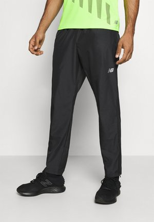 ACCELERATE PANT - Jogginghose - black