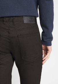 TOM TAILOR - JOSH - Slim fit jeans - black denim - 5