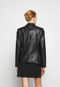 Patrizia Pepe - JACKETS - Faux leather jacket - nero - 2