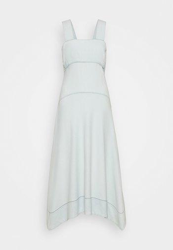 CHAMBRAY SEAMED DRESS - Day dress - bleach/light blue