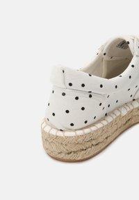 Even&Odd - Zapatos con cordones - beige - 5