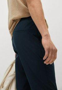 Mango - ROMA - Trousers - mørk marineblå - 5