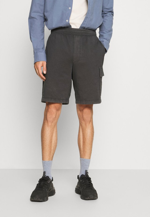 AUTHENTIC DYE - Shorts - silky coal