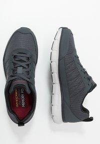 Skechers Sport - SYNERGY - Sneaker low - charcoal/black - 1