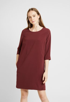 Day dress - tawny port
