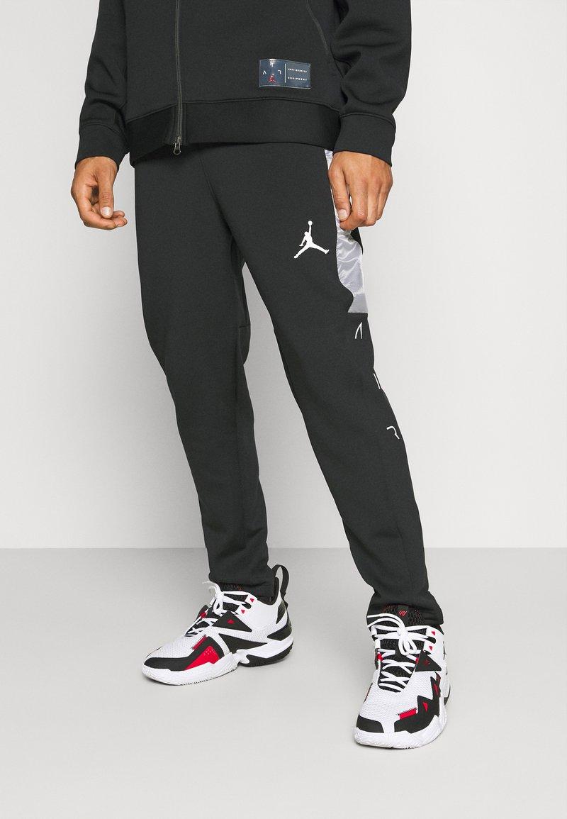 Jordan - AIR PANT - Tracksuit bottoms - black/white