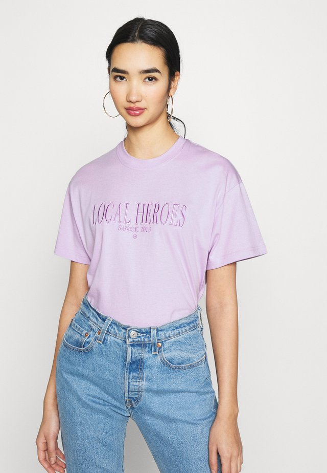 TEE - T-shirt con stampa - lavender