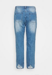 Missguided Plus - PLUS RIOT DISTRESSED - Jeansy Slim Fit - blue - 1