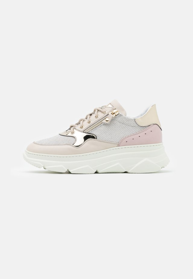 ALMA - Trainers - conchiglia lotus