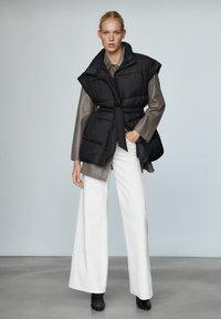 Massimo Dutti - STEP - Waistcoat - black - 1